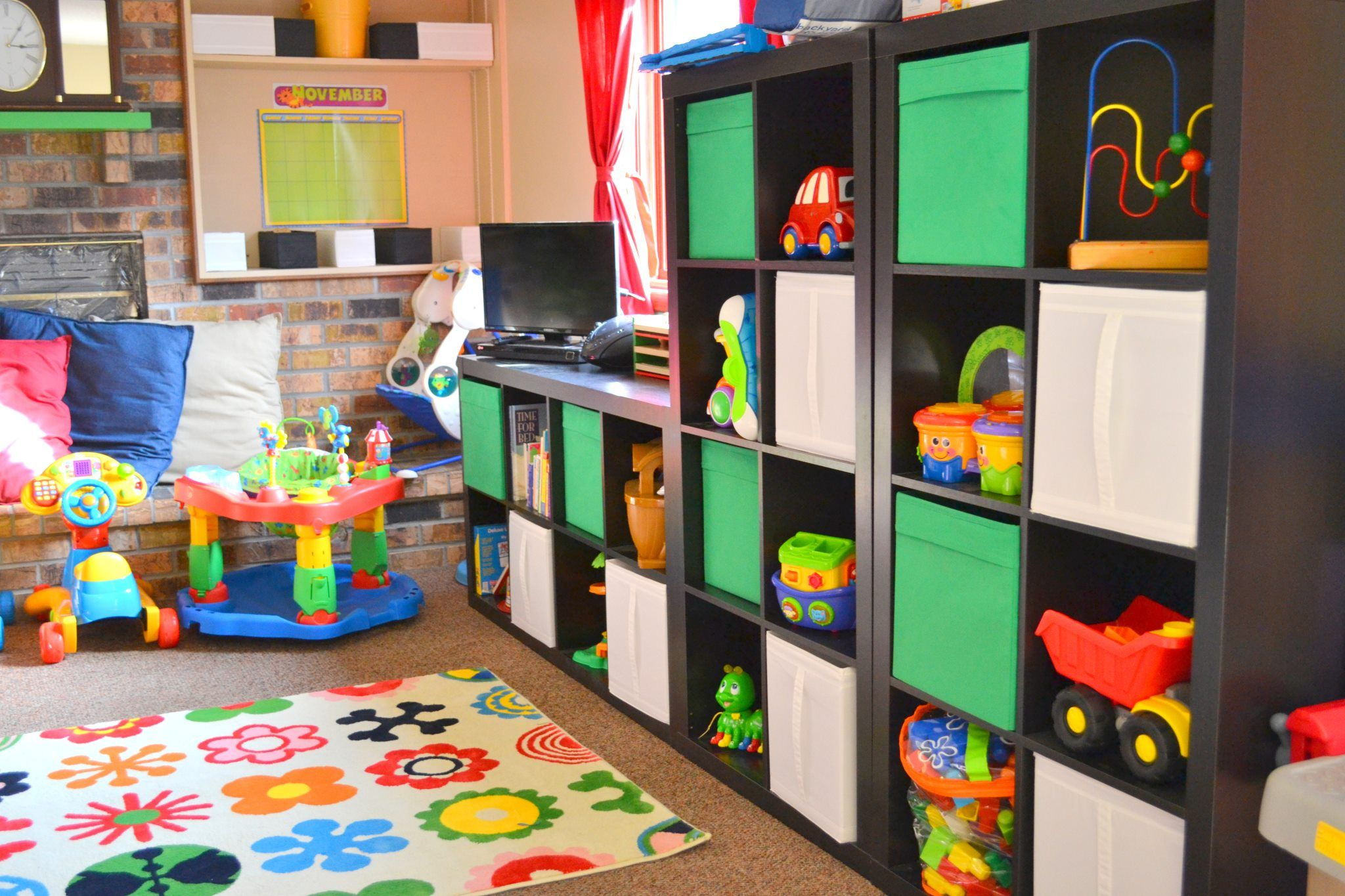 Laura's Little Einsteins- Eagan Daycare